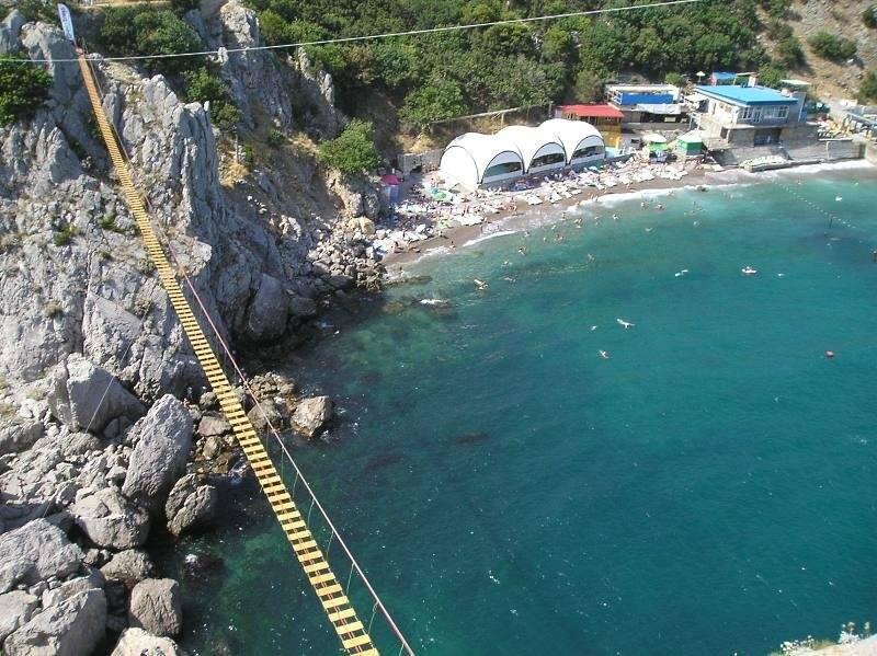 Под Ялтой через 4 дня после открытия закрылся самый длинный подвесной мост в Крыму, фото-6