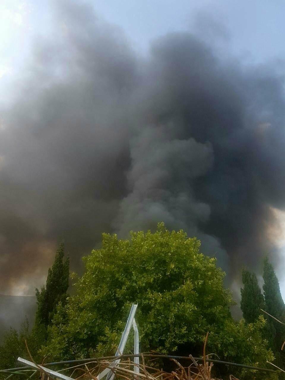 ВИДЕО: в Ялте горят покрышки, фото-3