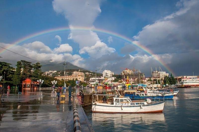 «К родному городу с любовью», - народный фотоклуб «Ялта» открывает новую выставку , фото-1