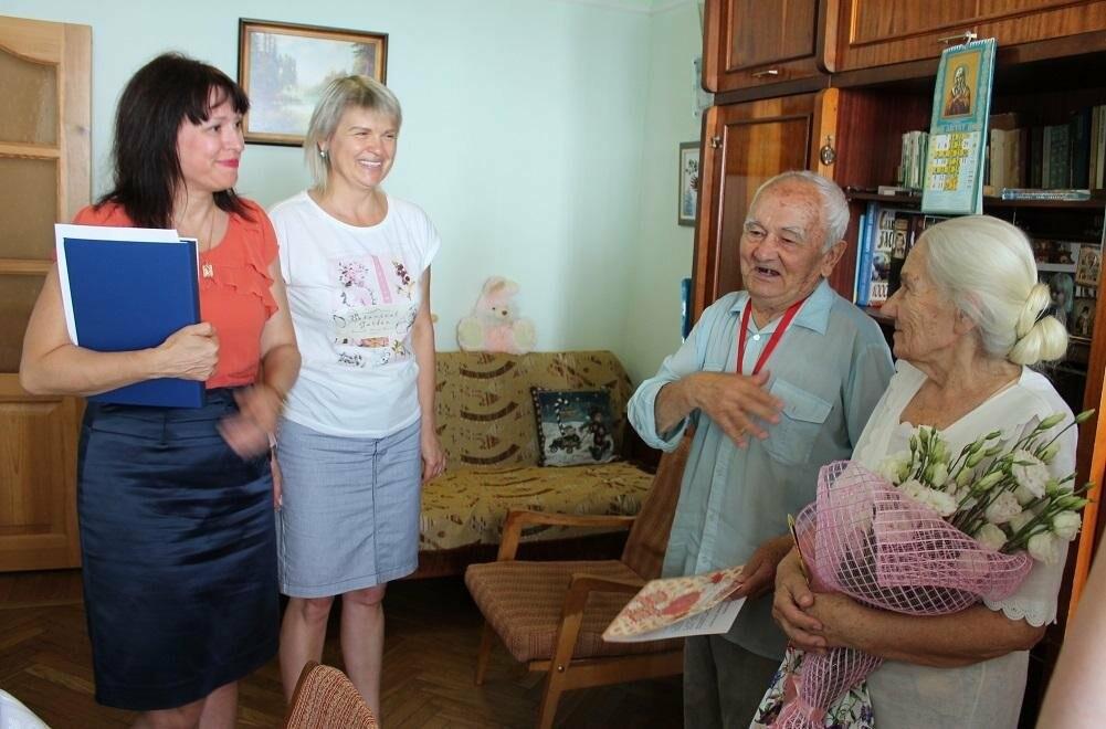 55 лет в любви и согласии: гаспринская семья Василейко отметила изумрудный юбилей, фото-1