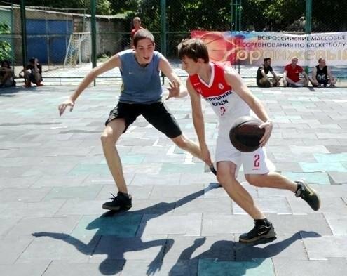 Ялтинские «бомжи» выиграли крымский баскетбольный турнир, фото-1