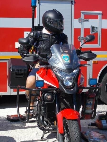«Артековцев» знакомят с уникальной пожарно-спасательной техникой , фото-1
