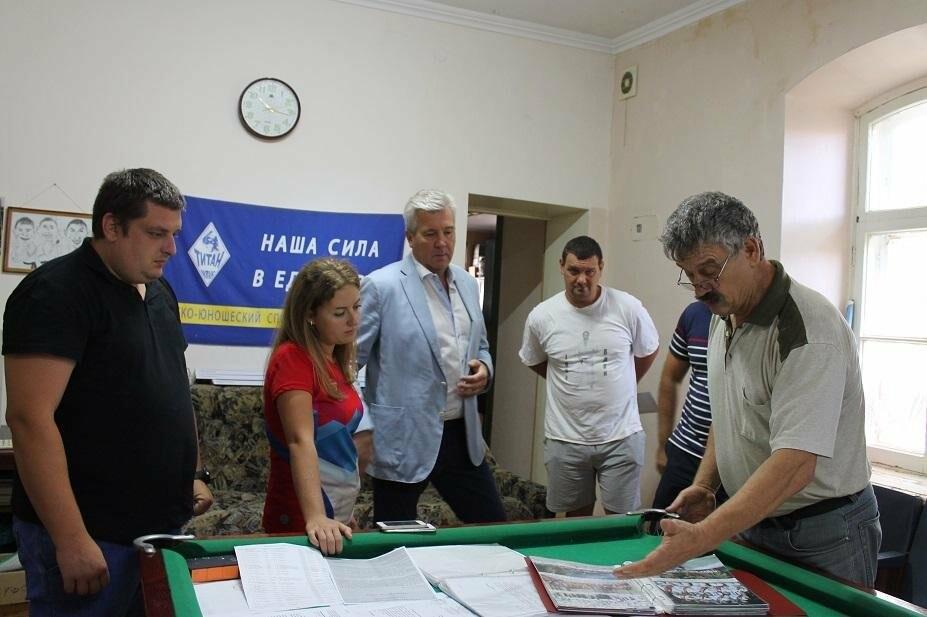 Министр спорта Республики Крым Елизавета Кожичева посетила Ялтинский ДЮСК «Титан», фото-2