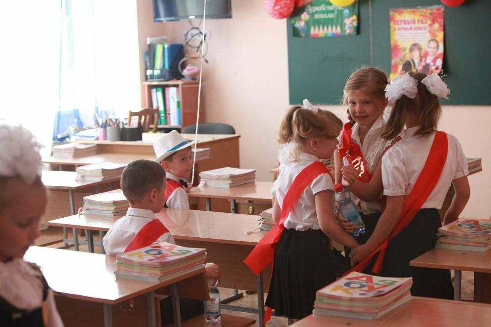 В этом учебном году за школьные парты  сядет 12,5 тысяч школьников, - Кутковский , фото-1