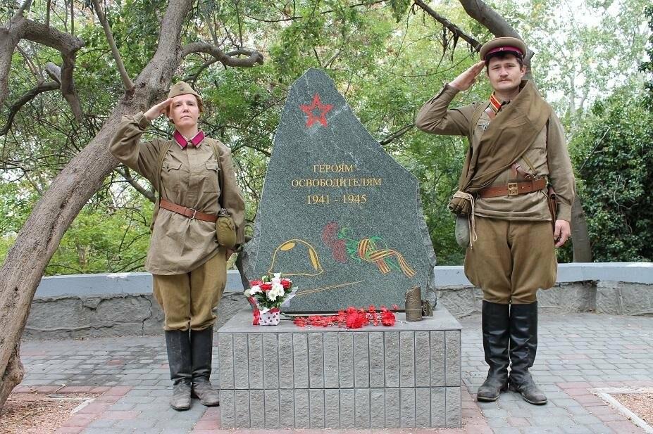 В Гаспре восстановили пострадавший от вандалов  памятник «Героям Освободителям», фото-1
