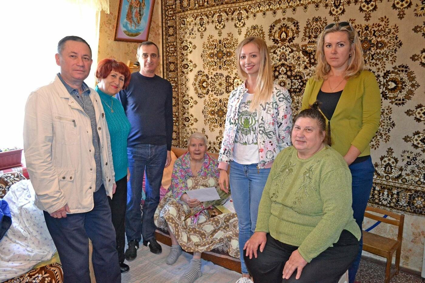 Жительница Кореиза Екатерина Андрющенко отметила 90-летний юбилей, фото-2