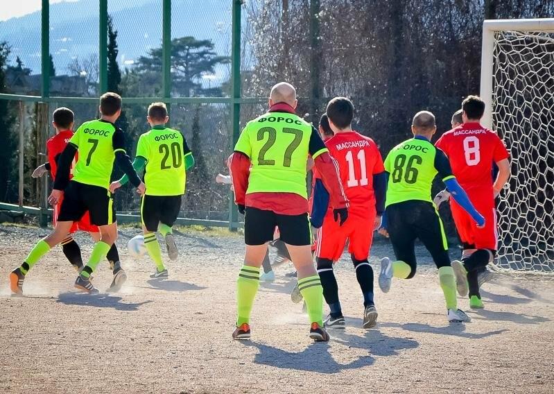 Чемпионат Ялты по футболу стартует сразу на четырех стадионах!, фото-1