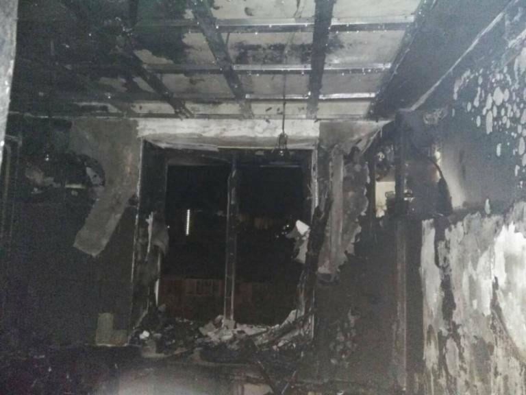 В Ялте горел жилой дом, фото-1