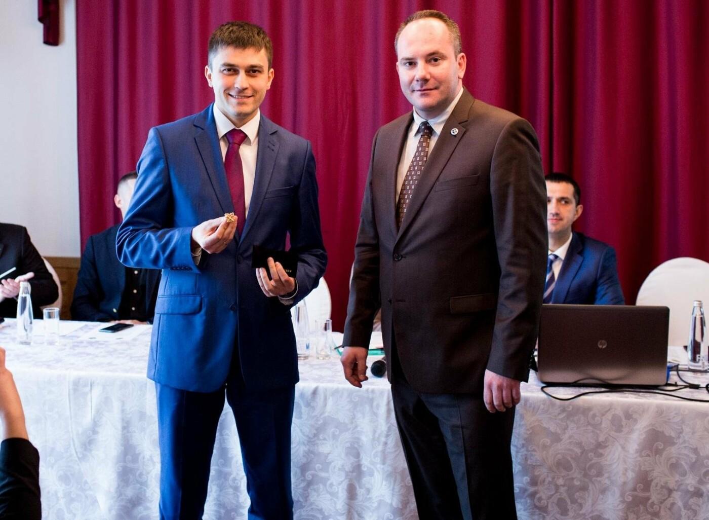 Консьерж из Ялты стал членом международной ассоциации «Золотые ключи консьержей», фото-1
