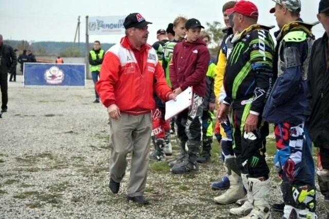 Ялтинцы выиграли две золотые медали на мотокроссе в Симферополе, фото-1