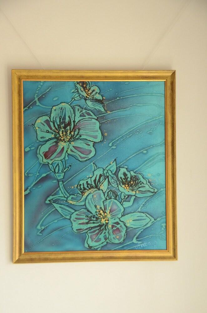 Любава Тарадай представила 77 работ из батика  в художественной галерее Никитского сада , фото-4