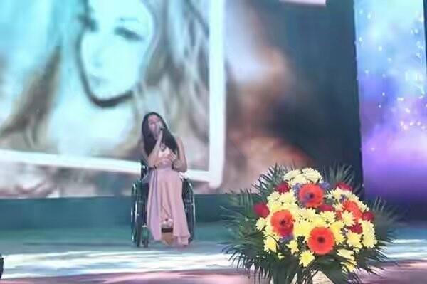 Ялтинцы посетили концерт к Международному дню инвалидов , фото-1