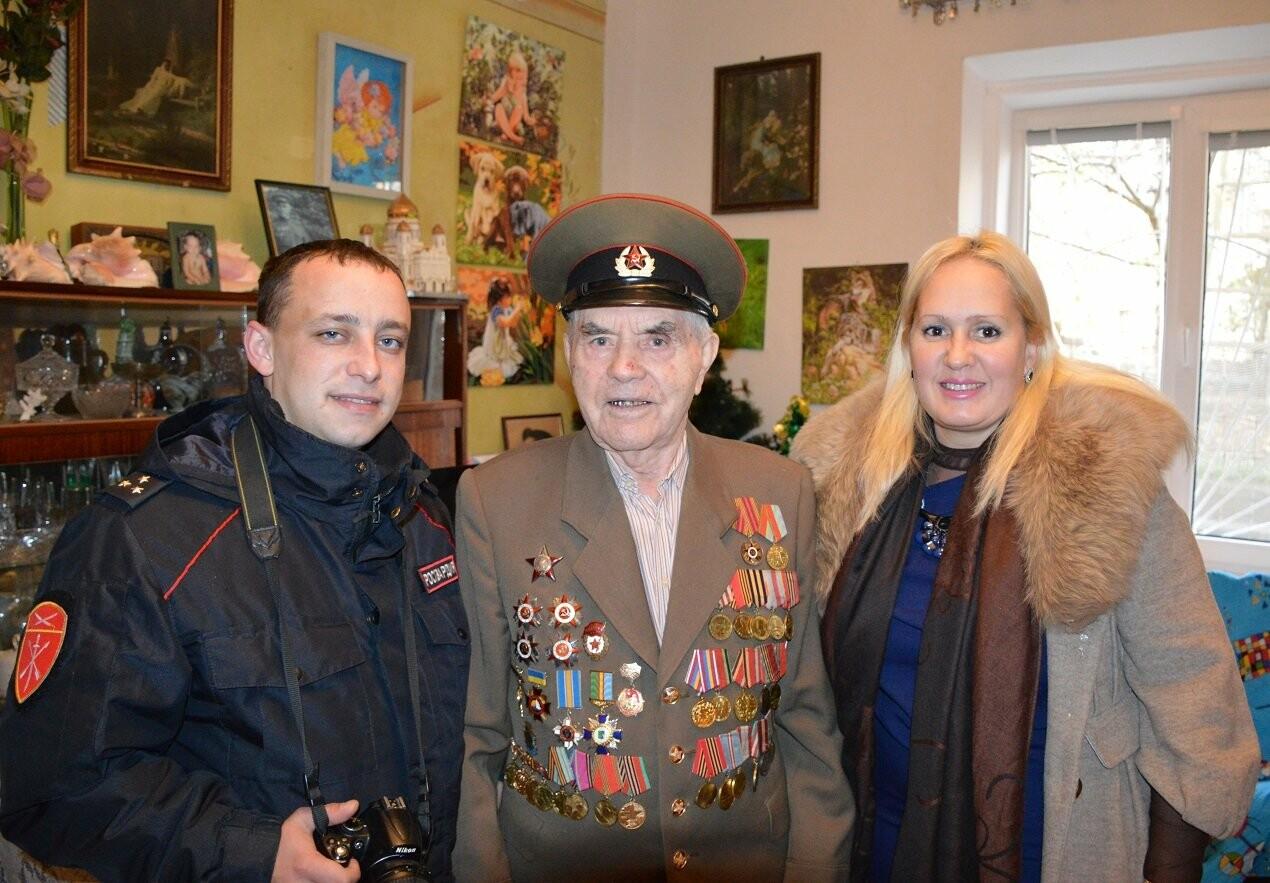 Семью Гаспринского ветерана ВОВ  поздравили с годовщиной Легендарной Битвы под Москвой, фото-2