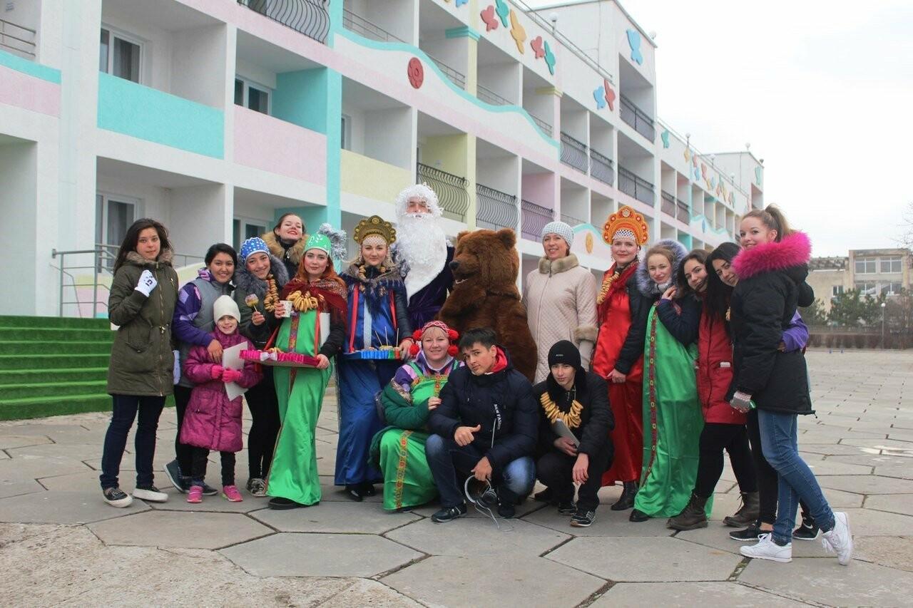 Новый год и Рождество для ялтинских ребят, фото-2