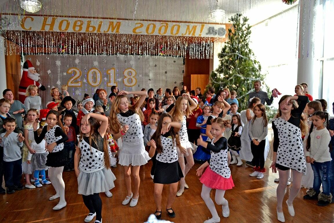 Череда зимних новогодних мероприятий в Алупке и Кореизе завершилась фестивалем «Зимняя сказка», фото-8