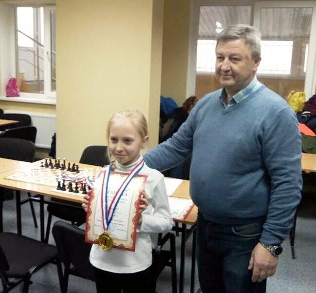 8-летняя ялтинка стала чемпионкой Крыма по быстрым шахматам, фото-1