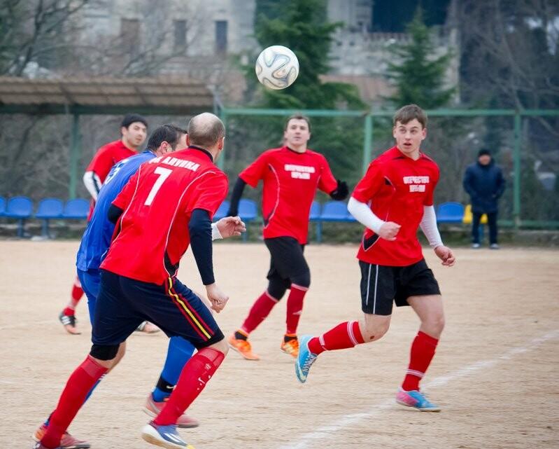 Алупка поднимается на пятое место в Чемпионате Ялты по футболу, фото-5
