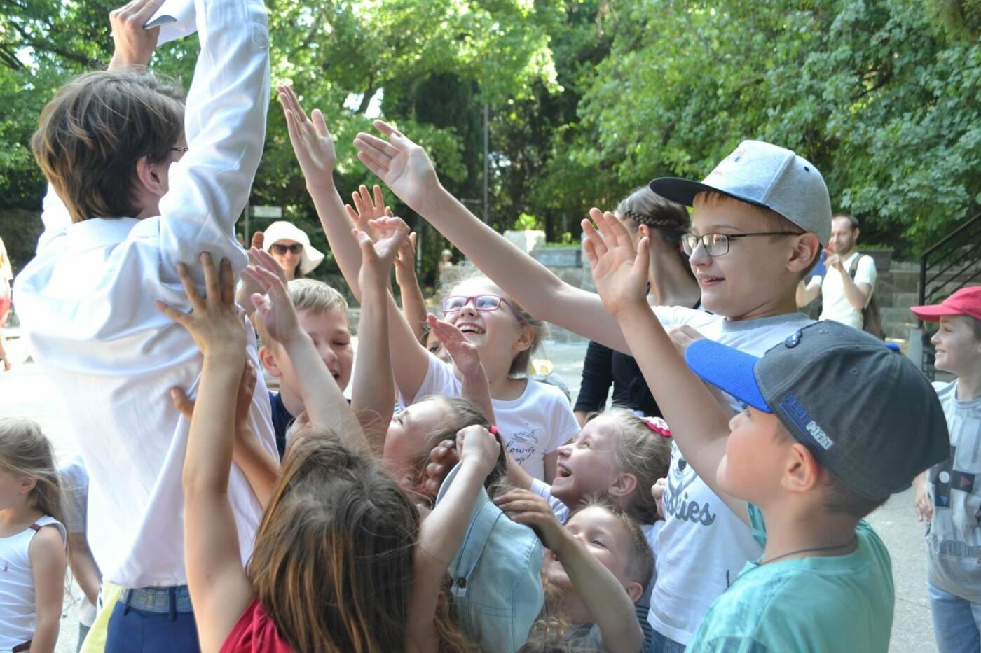 В Алупке провели день защиты детей на арт-площадке Воронцовского парка, фото-2