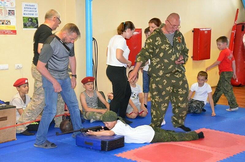 В Ялте провели традиционный военно-спортивный турнир памяти Евгения Родионова, фото-3