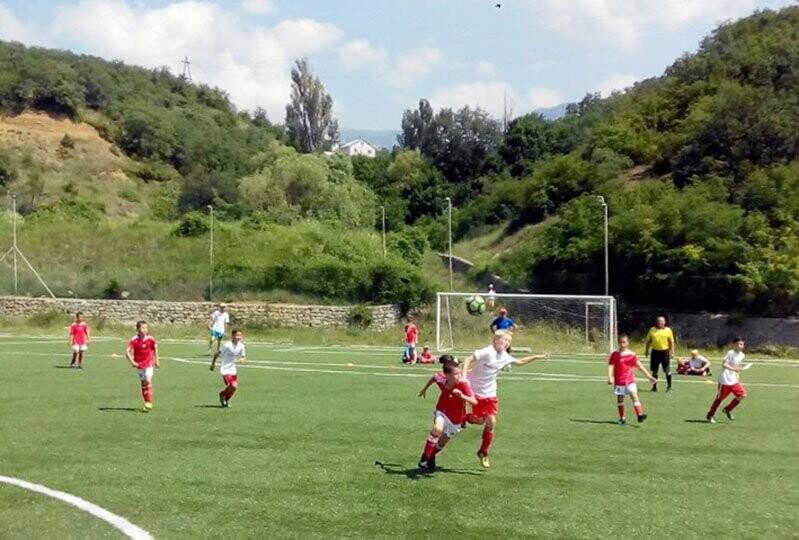 В Ялте наградят лучших юных футболистов региона, фото-1