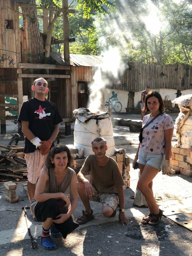Творческая Ялта: 135 кг глины и «Битвы керамистов» на «Маленькой ферме», фото-3