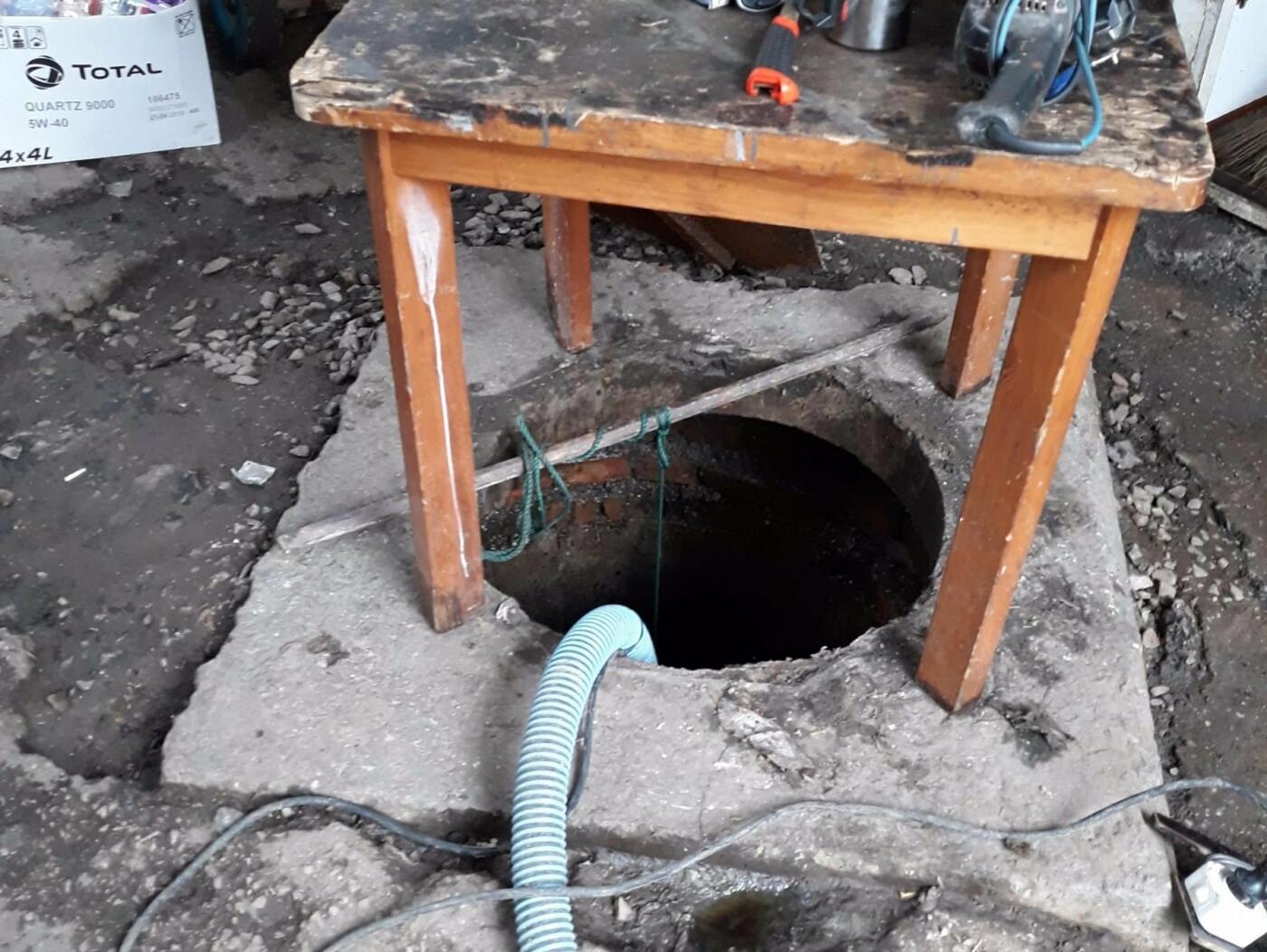 В Ялте незаконно сливали канализационные воды в городскую реку и черное море , фото-1
