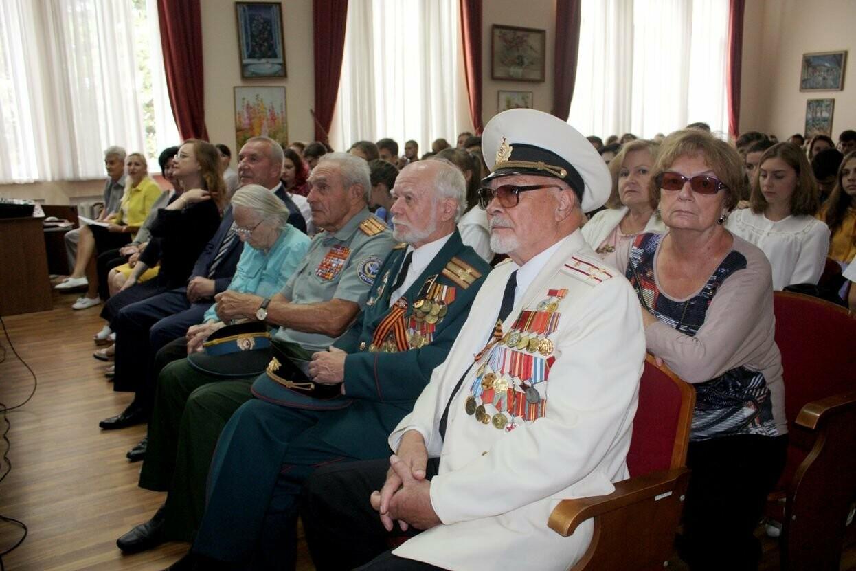 В день празднования государственной символики Крыма, в ялтинской академии прошла встреча с ветеранами, фото-3