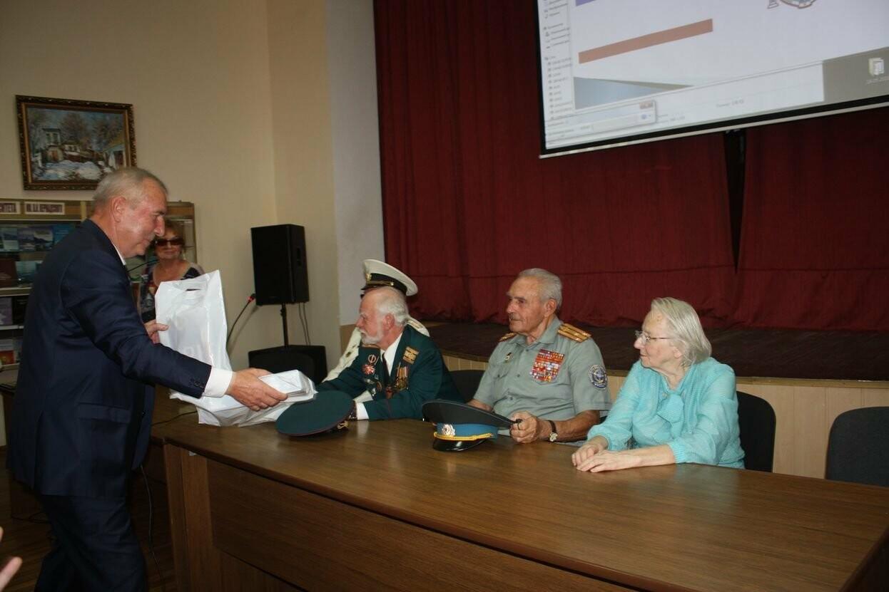 В день празднования государственной символики Крыма, в ялтинской академии прошла встреча с ветеранами, фото-1