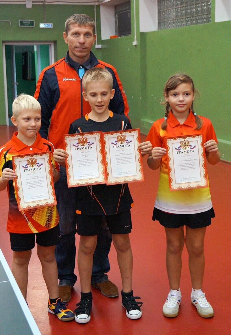 Ялтинские команды выиграли первые туры в Детской лиге Крыма по настольному теннису, фото-9