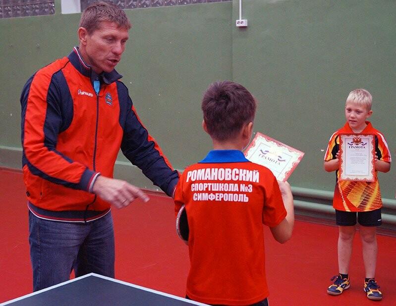 Ялтинские команды выиграли первые туры в Детской лиге Крыма по настольному теннису, фото-3