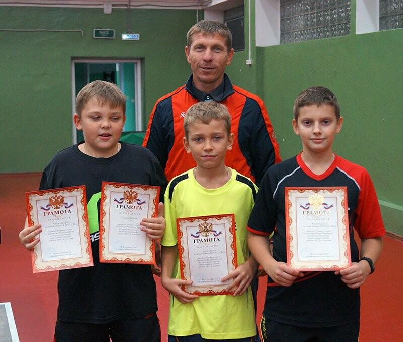Ялтинские команды выиграли первые туры в Детской лиге Крыма по настольному теннису, фото-5