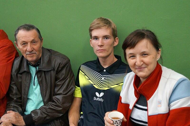Ялтинские команды выиграли первые туры в Детской лиге Крыма по настольному теннису, фото-4