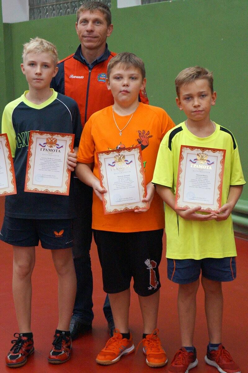 Ялтинские команды выиграли первые туры в Детской лиге Крыма по настольному теннису, фото-15