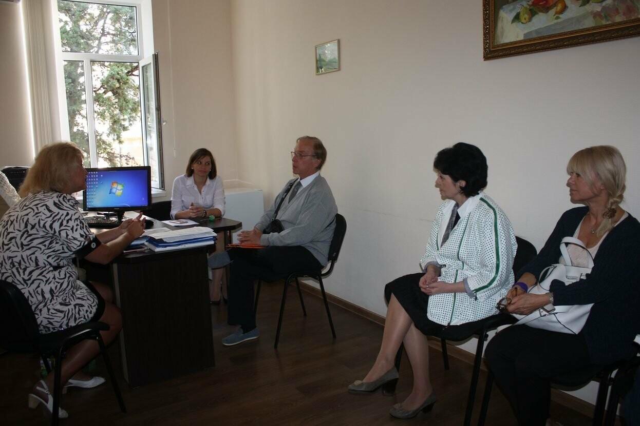 Профессор из Франции провёл занятие со студентами Гуманитарно-педагогической академии в Ялте, фото-1