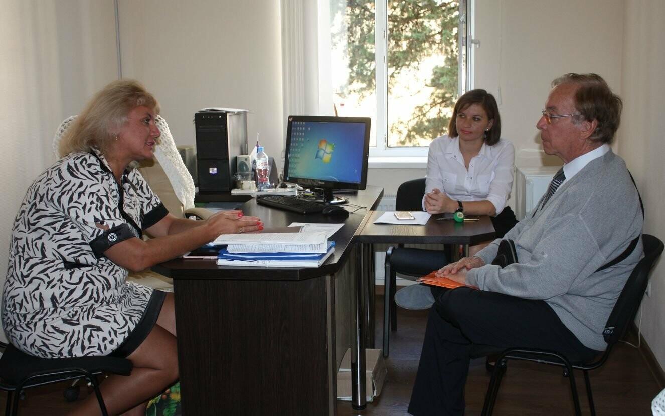 Профессор из Франции провёл занятие со студентами Гуманитарно-педагогической академии в Ялте, фото-2