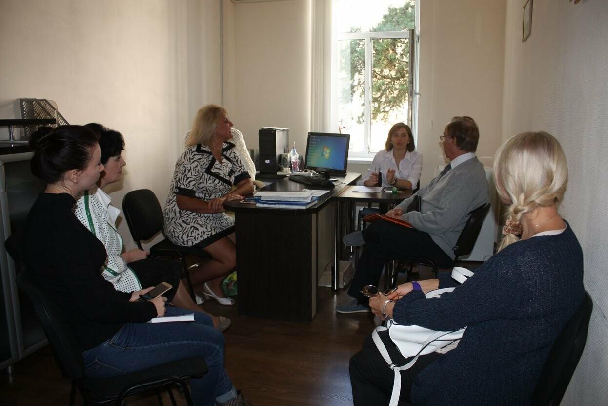 Профессор из Франции провёл занятие со студентами Гуманитарно-педагогической академии в Ялте, фото-4