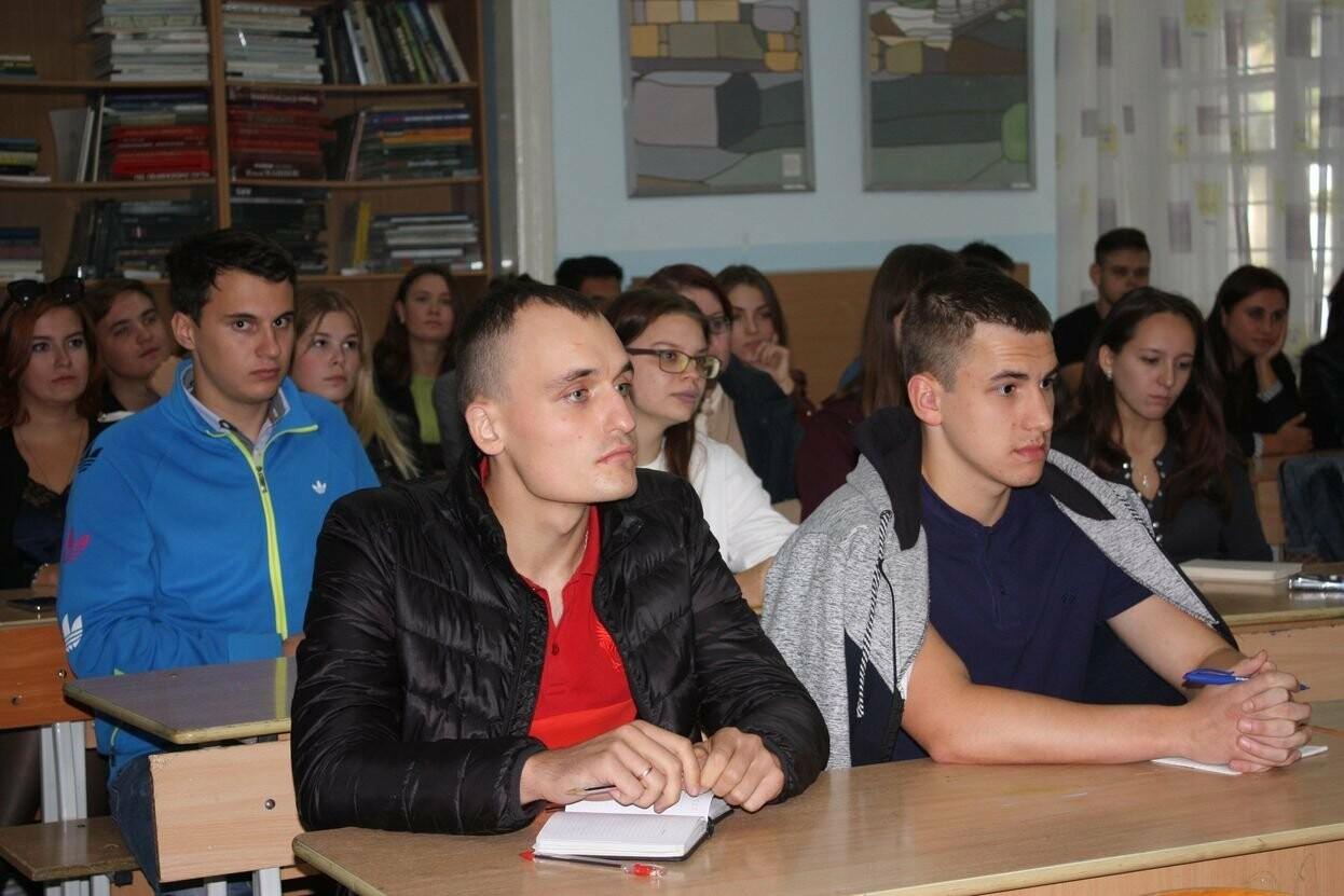 Профессор из Франции провёл занятие со студентами Гуманитарно-педагогической академии в Ялте, фото-7