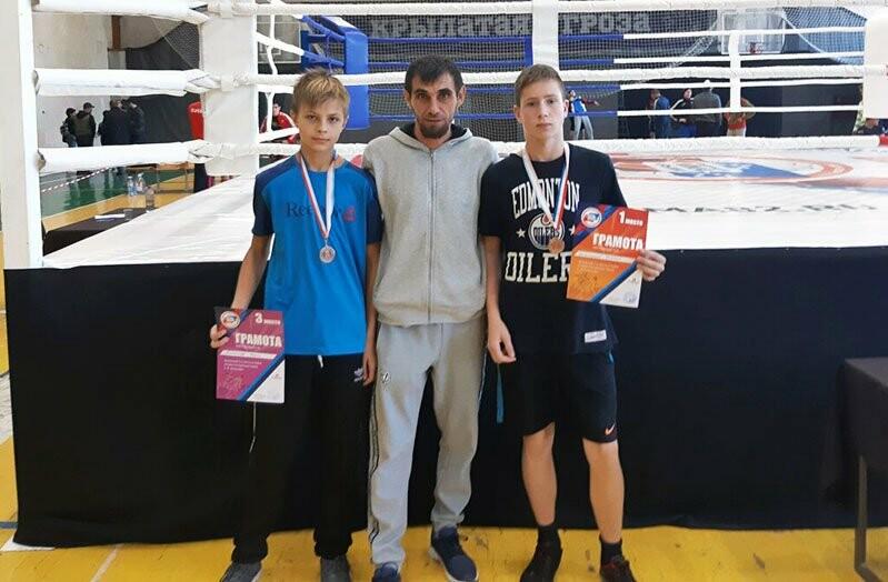 Ялтинцы успешно выступили на двух бойцовских турнирах, фото-4