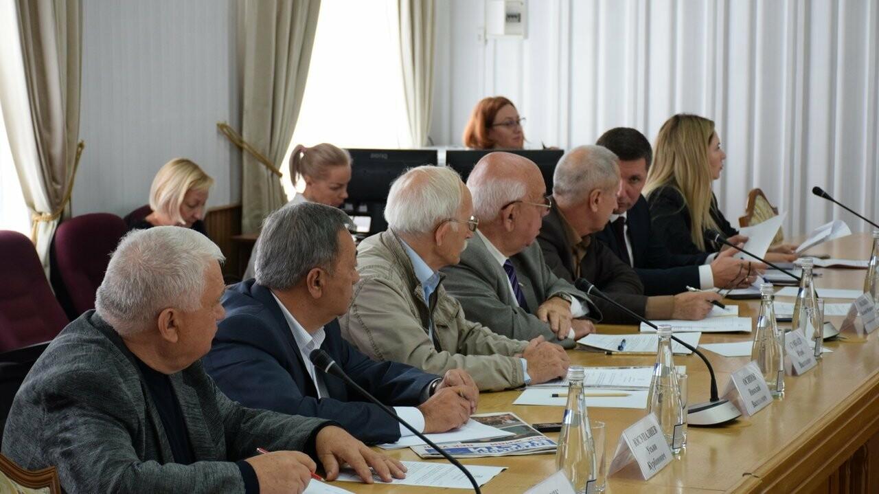 Совет старейшин Ялты провел очередное заседание, фото-1