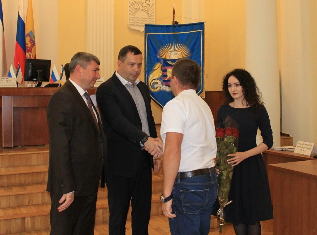 Состоялась внеочередная сессия Ялтинского городского совета, фото-2