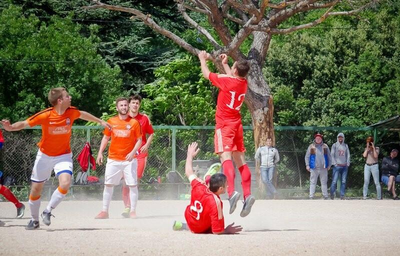 В Ялте стартует городской футбольный чемпионат, фото-3