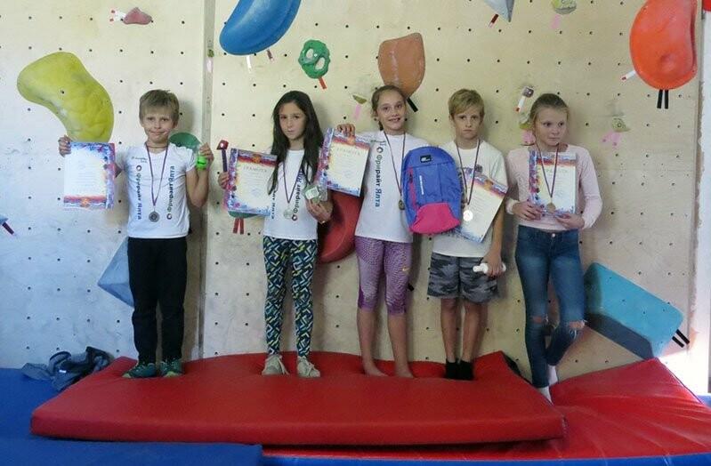 Скалолазы ялтинского «Фрирайта» выиграли в Севастополе четыре медали, фото-1