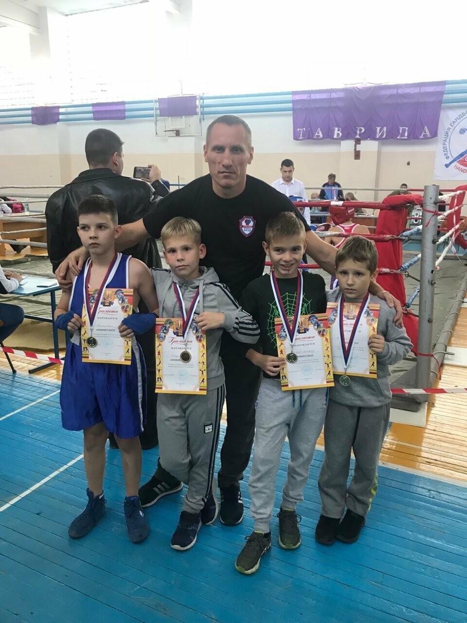 Юные боксеры Ялты завоевали четыре золотые медали из турнира памяти Н.Григорова, фото-3