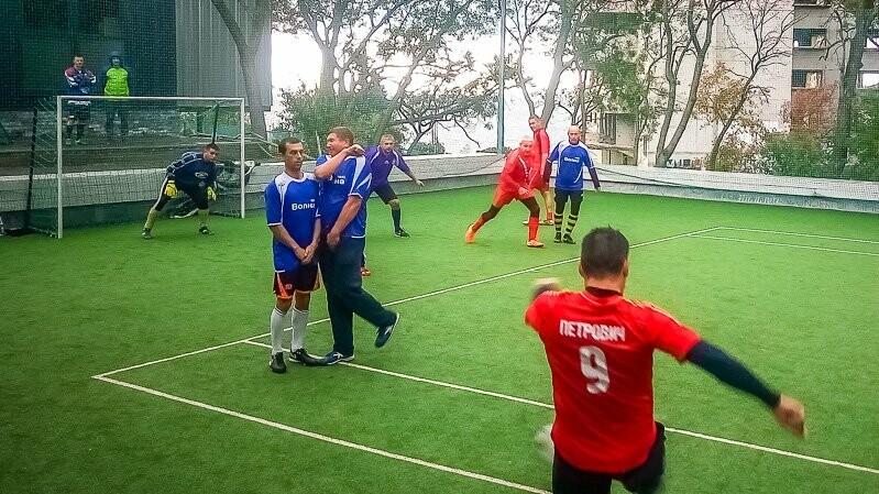 Севастопольские ветераны выиграли в Ялте мини-футбольный Кубок «Волны», фото-1