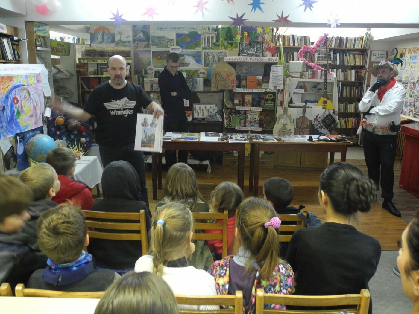 В Ялтинской библиотеке № 8 масштабно провели акцию «Ночь искусств», фото-4