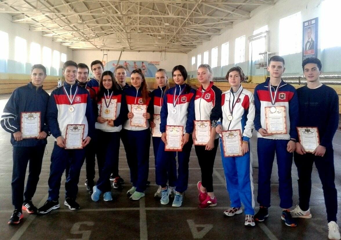 Ялтинские легкоатлеты завоевали 22 медали на Первенстве Крыма, фото-2