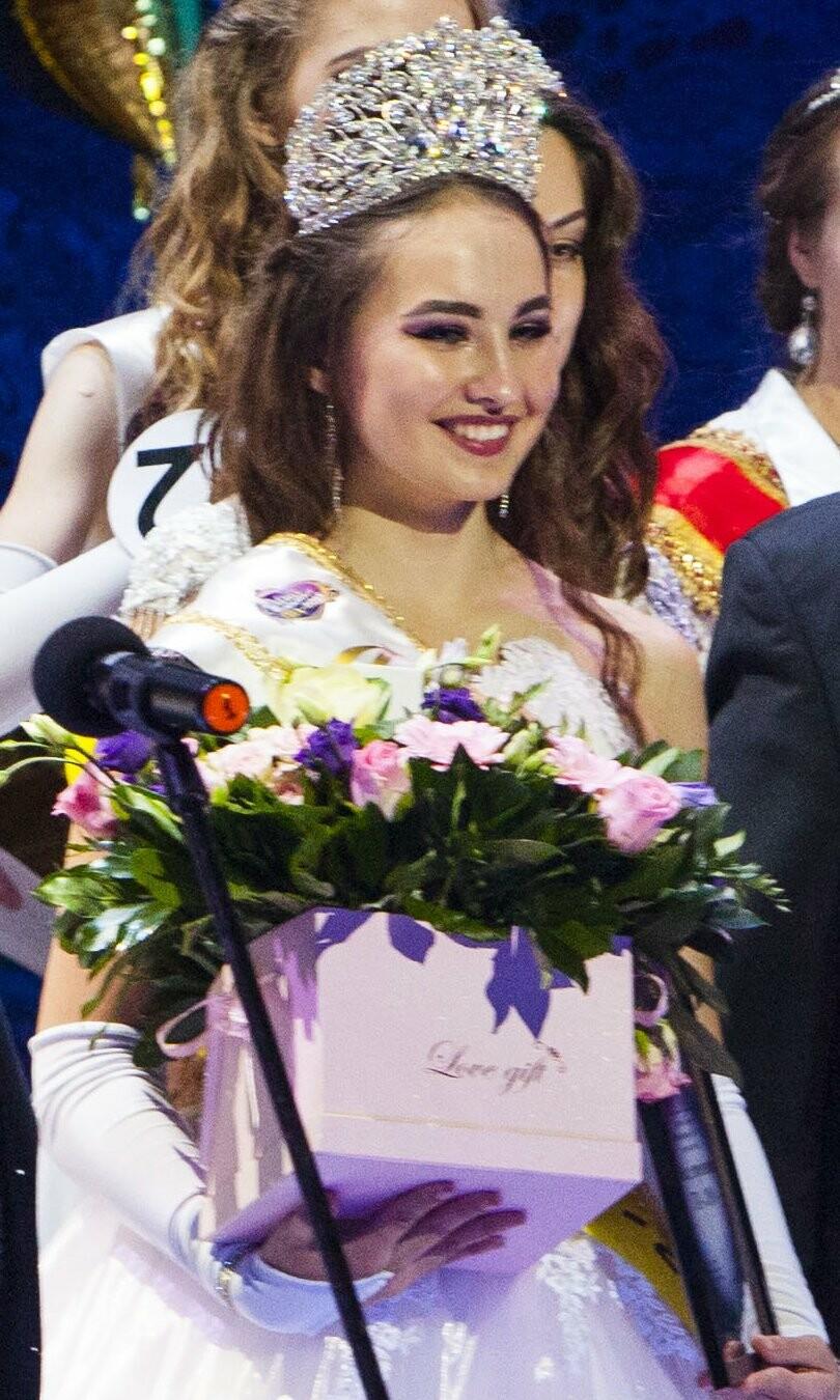 Фотофакт: в Ялте выбрали самую красивую студентку , фото-2