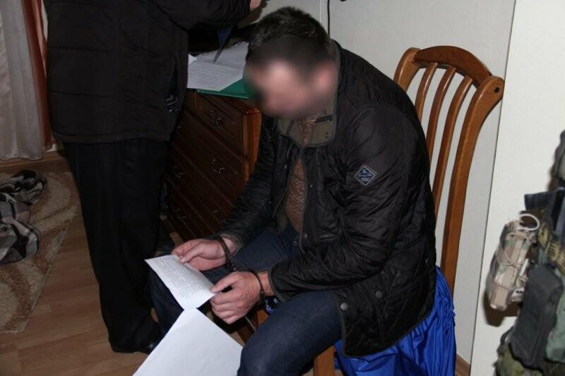 Особо крупный размер: в Ялте у предпринимательницы вымогали  1,5 миллиона рублей, фото-1