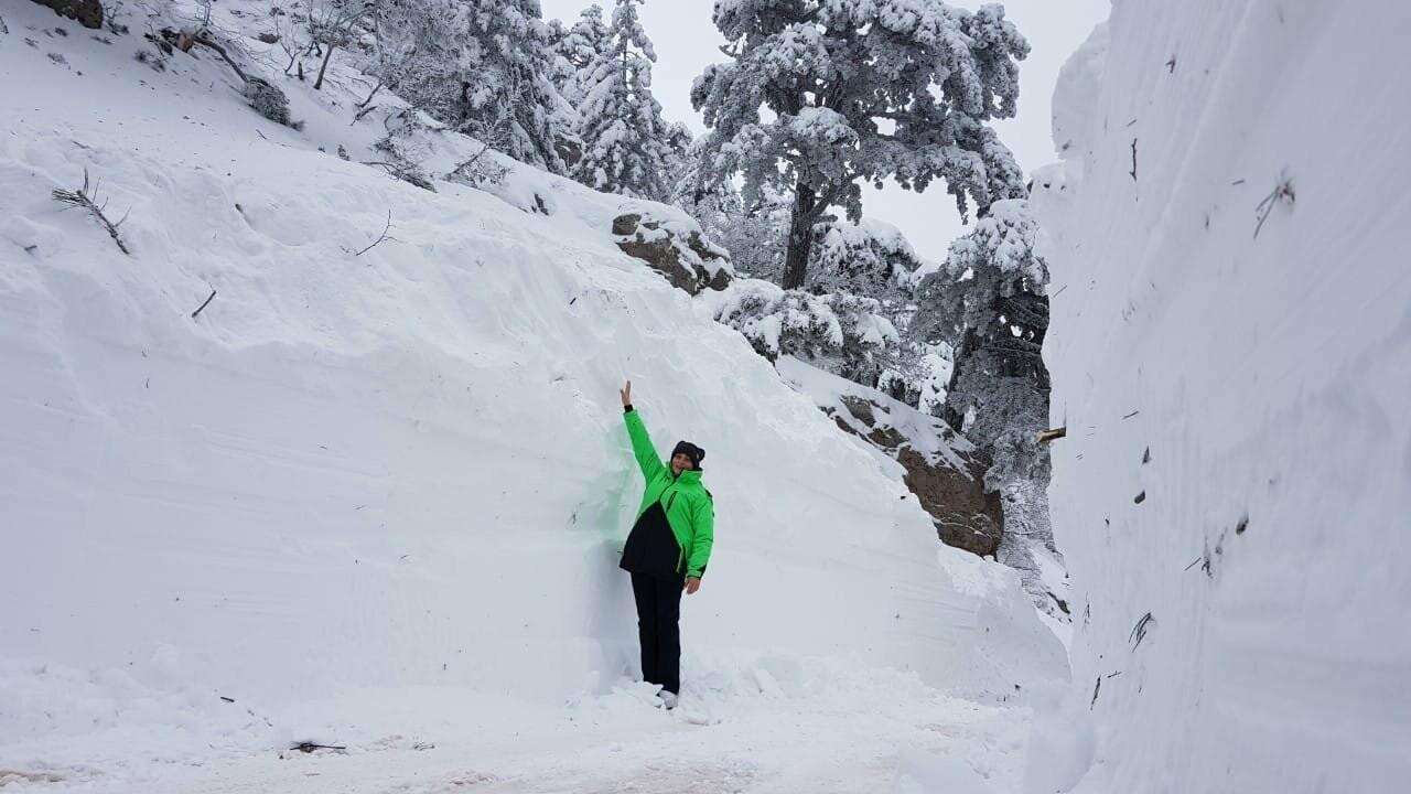 ВИДЕО: спасатели почти 12 часов оказывали помощь туристам, заблокированным на плато Ай-Петри, фото-1