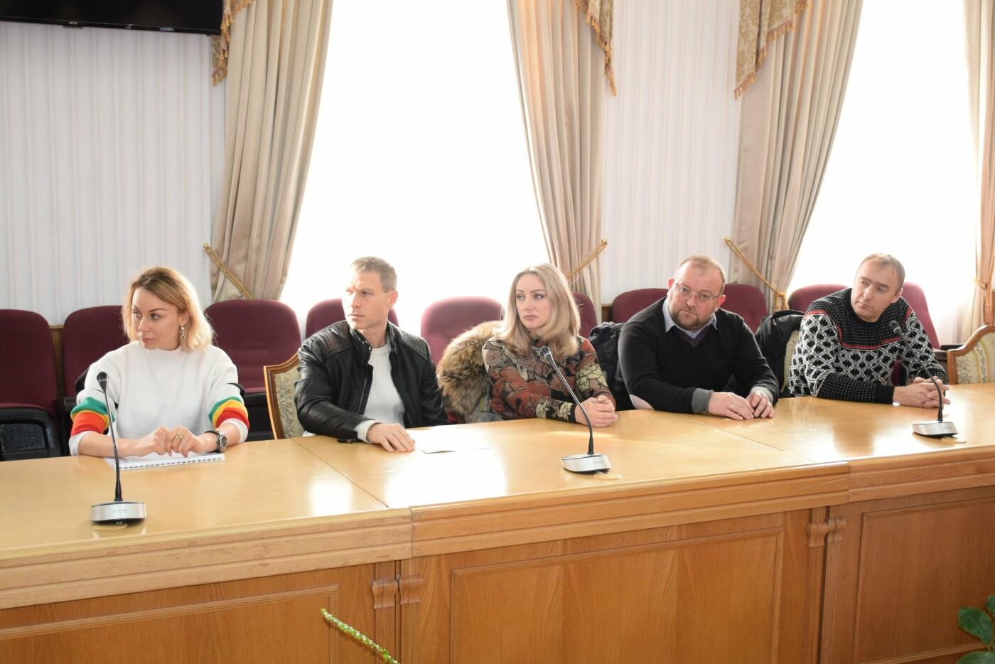 Алексей Челпанов провел рабочее совещание с предпринимателями Ялты на тему благоустройства города, - главное , фото-1